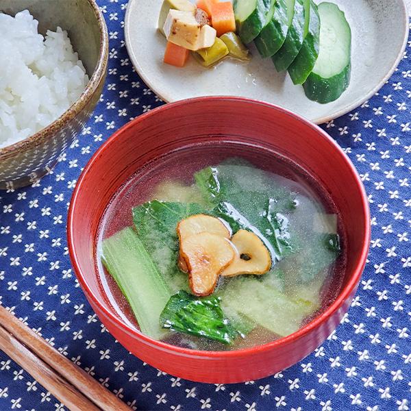 ニンニク香る小松菜のみそ汁